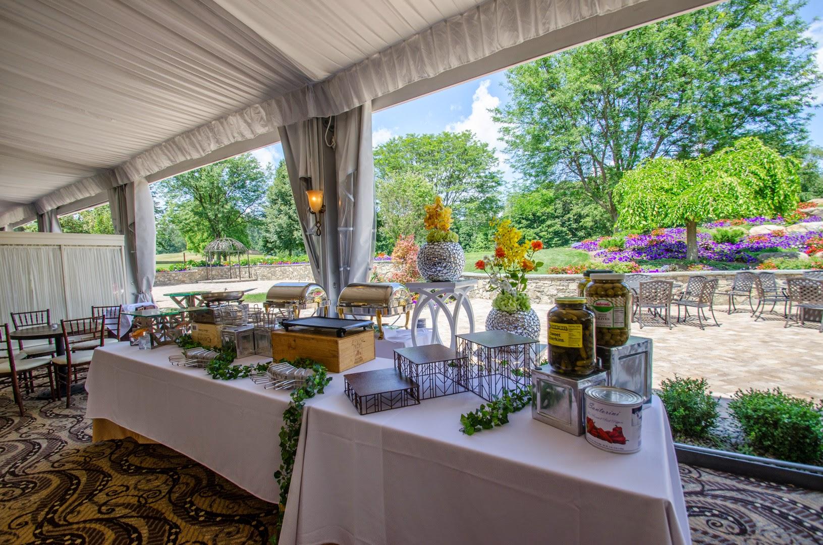 Ballroom Outdoor Wedding Venue Jogja: West Hills Country Club