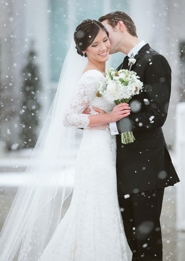 For The Winter Brides Wrap Yourself In This West Hills Country Club